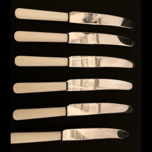 6 knives